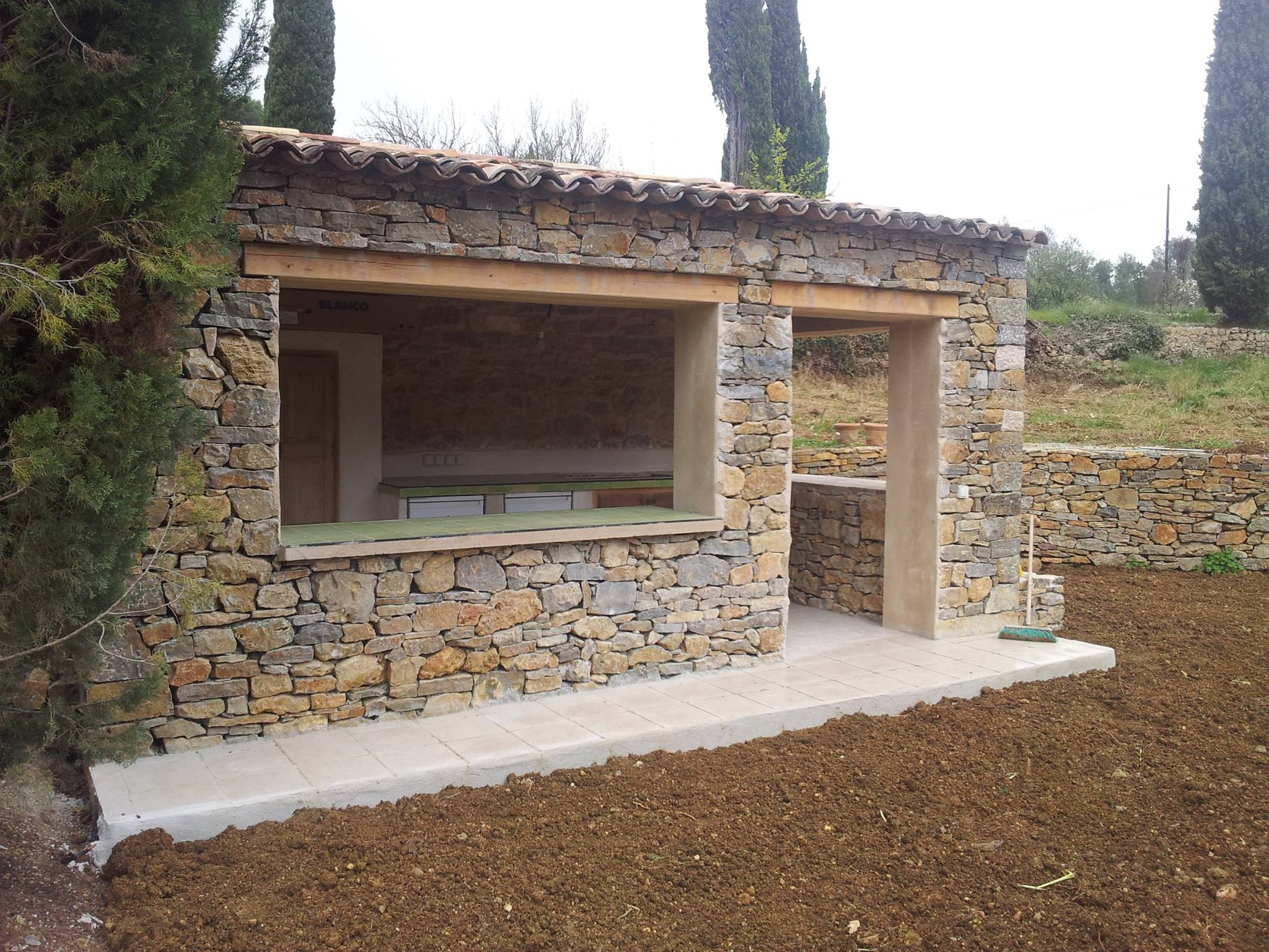 Nos r alisations travaux ma onn rie g n rale portazur var for Construction pool house piscine